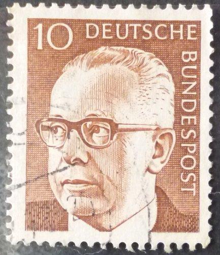 Stamp Germany 1970 Gustav Heinemann 10 Pfg Pair