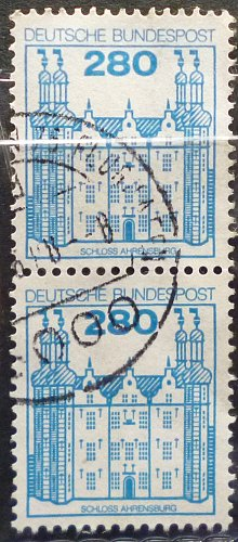 Stamp Germany 1982 Palaces and Castles 280 Pfg Ahrensburg Castle Pair