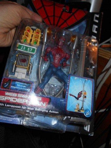 TOYBIZ WEB SWINGING SPIDER-MAN TOY w/ Lamposts + #43710 Series 2