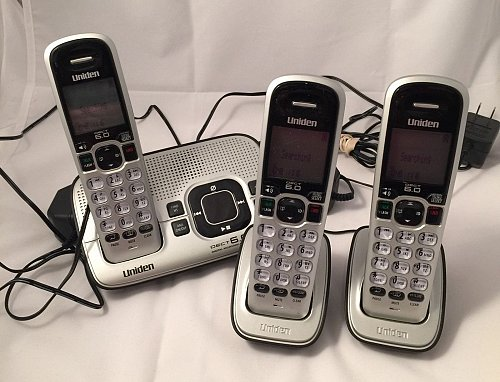 UNIDEN D1680 3 Main BASE w3P 3HS 2RB charging stand cradle cordless tele phone