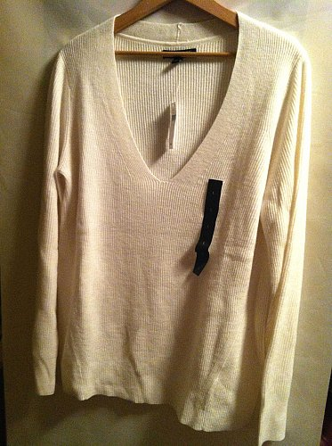 Women`s Banana Republic White Ribbed Sweater Size L NWT`s