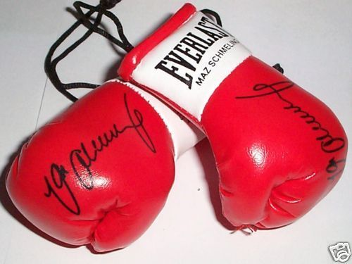 Autographed Mini Boxing Gloves Max Schmelling