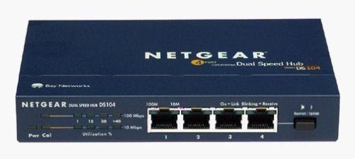 DS104 Bay Networks NETGEAR Dual Speed Hub ethernet switch 10/100 4port UPLINK