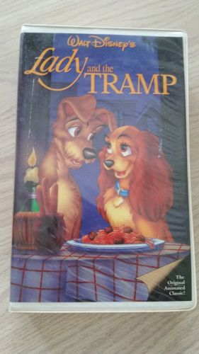 Walt Disney's (Lady and the Tramp) Black Diamond Edition-Used (405)