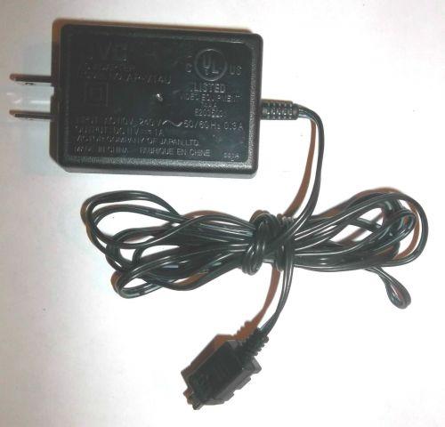 11v JVC power supply = GR D740 D745 D746 D750 D760 D770 D775 electric cable plug