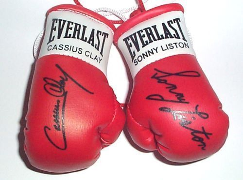 Cassius Clay v Sonny Liston Signed mini Boxing gloves (highly collectable)