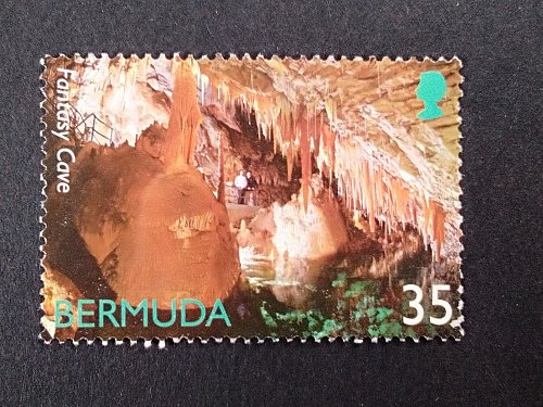 Bermuda 1v used Bermudan Caves - Fantasy Cave Mountains & Geological features