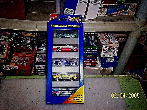 Hot Wheels California Dreamin' 5 Pack Gift Set With 2 Exclusive Cars 1997