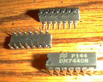 Lot of 7: National Semiconductor DM7440N