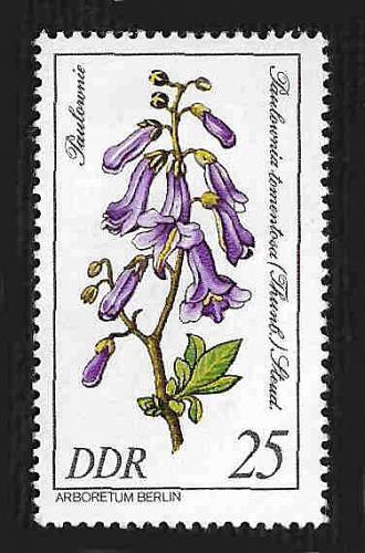 German DDR Hinged Scott #2154 Catalog Value $.25