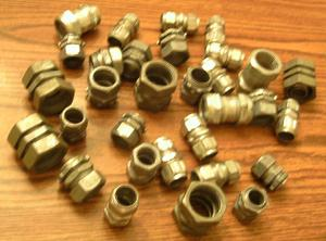 Lot of 32: Compression Fittings