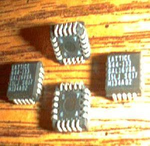 Lot of 27: Lattice GAL16V8A 15LJ