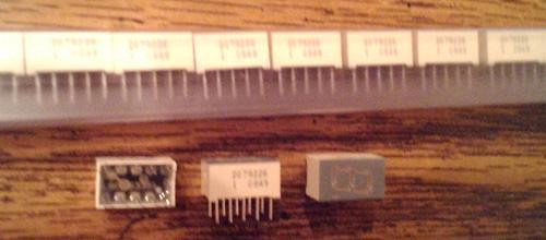 Lots of 38: Ligitek Electronics LSD3352-20/RP4 SingleDigit LED Displays FREE Shipping