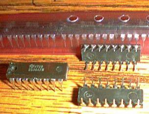 Lot of 16: National Semiconductor DS3647N