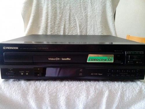 PIONEER CD/VideoCD/LD-Player CLD-S300v-Date Manufactured: Oct-1997
