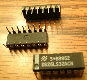 Lot of 25: National Semiconductor DS26LS32ACN