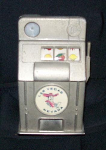 VTG Las Vegas Slot Machine Metal Bank Jackpot Vegas Vic Works Great