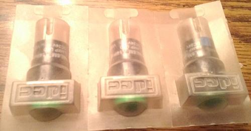 Lots of 3: IDEC AL6M-A14P-G :: FREE Shipping