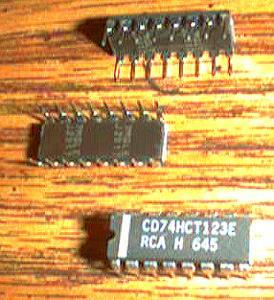 Lot of 21: RCA CD74HCT123E
