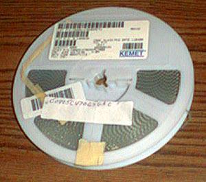 Lot of 4000 (?): Kemet C0805C470G5ACTU : 47 pF 50V Capacitors :: FREE Shipping
