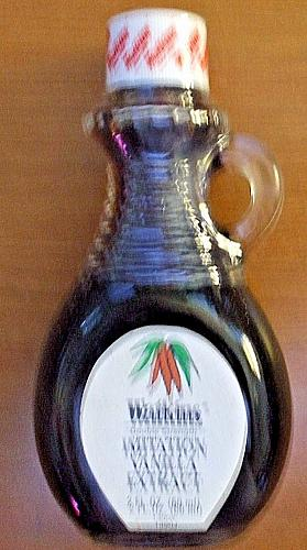 New Vintage Double Strength Vanilla Extract 2 Oz Glass Bottle with Handle NOS