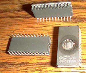 Lot of 15: Hitachi HN462732G EPROMS
