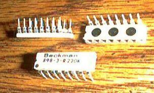 Lot of 25: Beckman 898-3-R220K