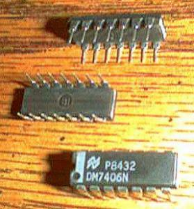 Lot of 30: National Semiconductor DM7406N