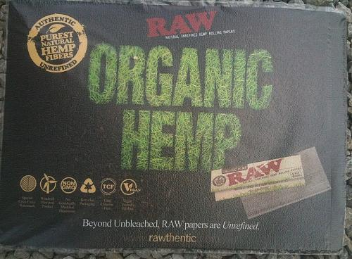 "RAW ""ORGANIC HEMP"" RAW ROLLING PAPER 12""x16"" COUNTER CHECK OUT CHANGE PAD MAT"