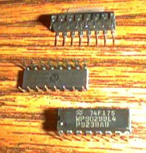 Lot of 25: National Semiconductor 74F175