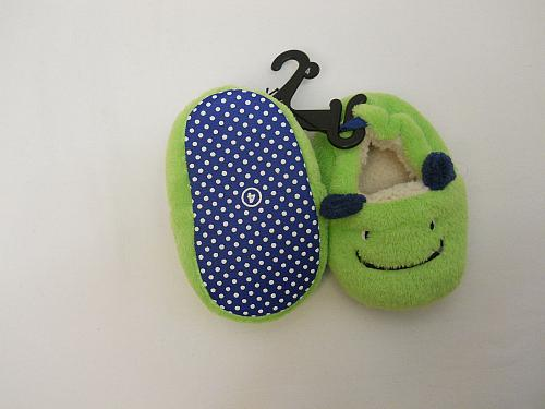 UNISEX Infants Fuzzy Slippers Green Dragons SIZE 4 Slip Ons Baby House Shoes