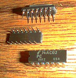 Lot of 20: Fairchild 74AC02PC