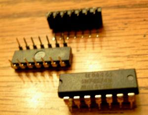 Lot of 25: Texas Instruments SN74S74N