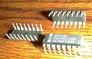Lot of 25: National Semiconductor MM74HCT153N MC74HCT153N