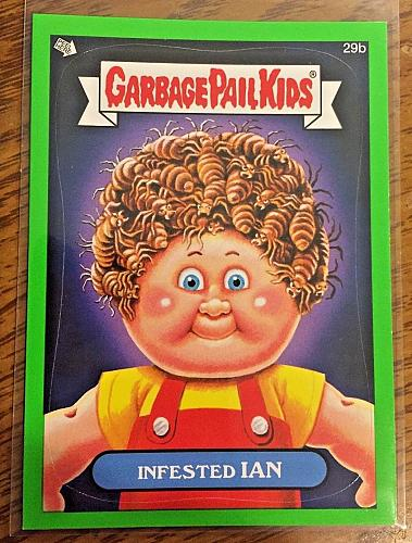 Garbage Pail Kids Bns1 Green Border -Infested Ian- 29b Sticker 2012 GPK