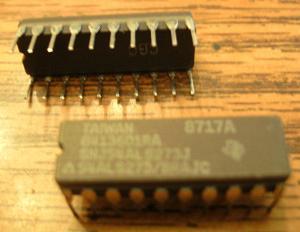 Lot of 2: Texas Instruments SNJ54ALS273J