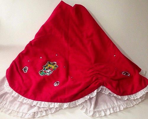 Disney Mickey Mouse Handmade Christmas Tree Skirt Vintage 40 Red
