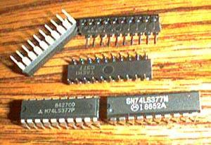 Lot of 14: Motorola SN74LS377N + Mitsubishi M74LS377P