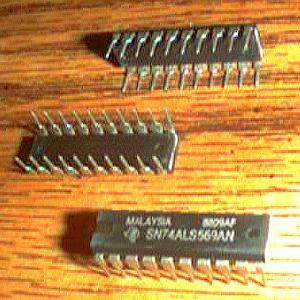 Lot of 13: Texas Instruments SN74ALS569AN