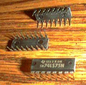 Lot of 12: Texas Instruments SN74LS75N