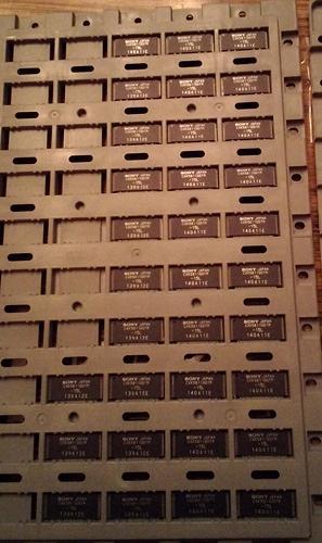 Lot of 33: Sony CXK581100TM-15L :: 8 Bit High Speed CMOS Static RAM