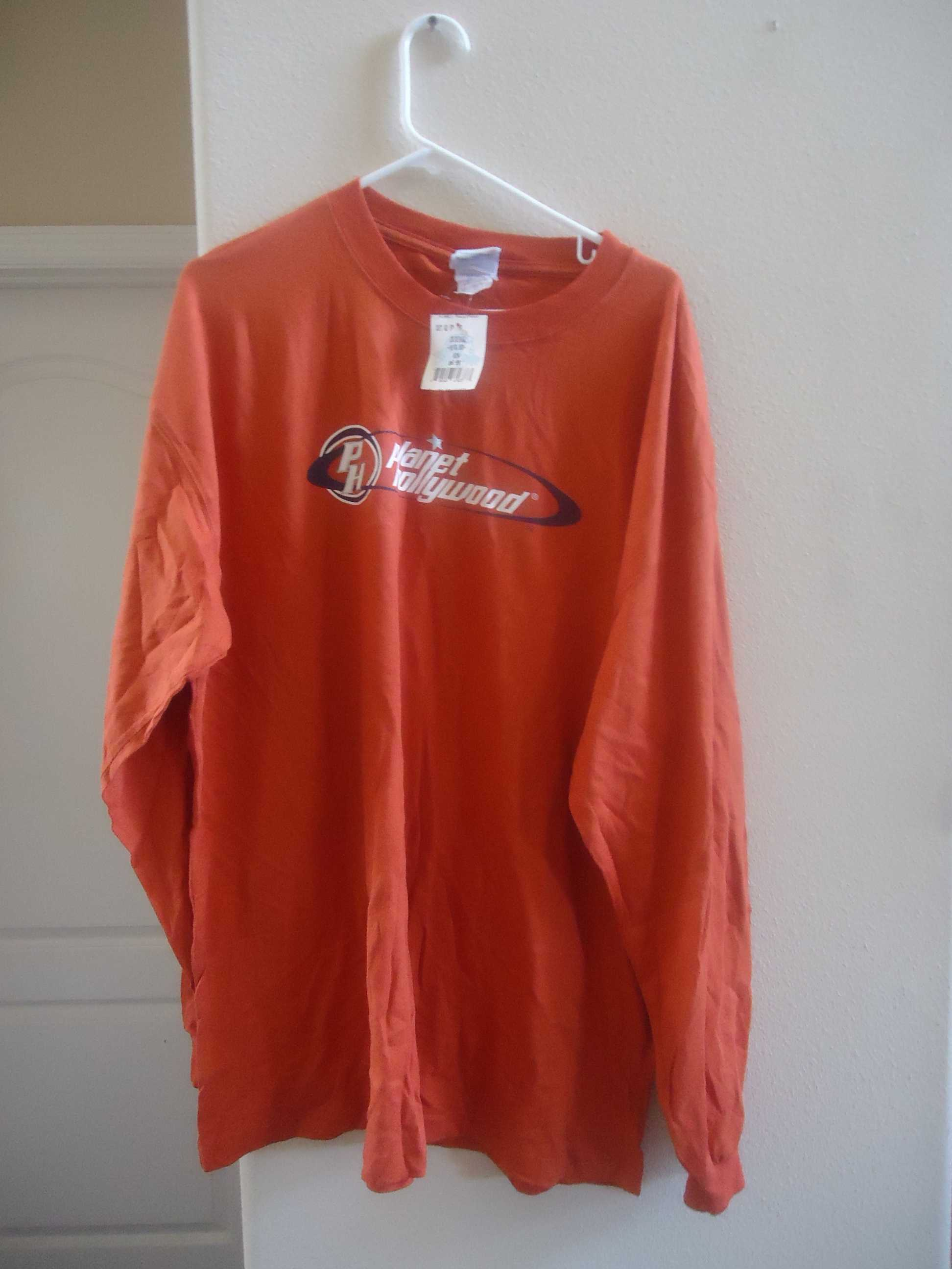 Planet hollywood pullover shirt for sale item 44951 for Planet hollywood t shirt