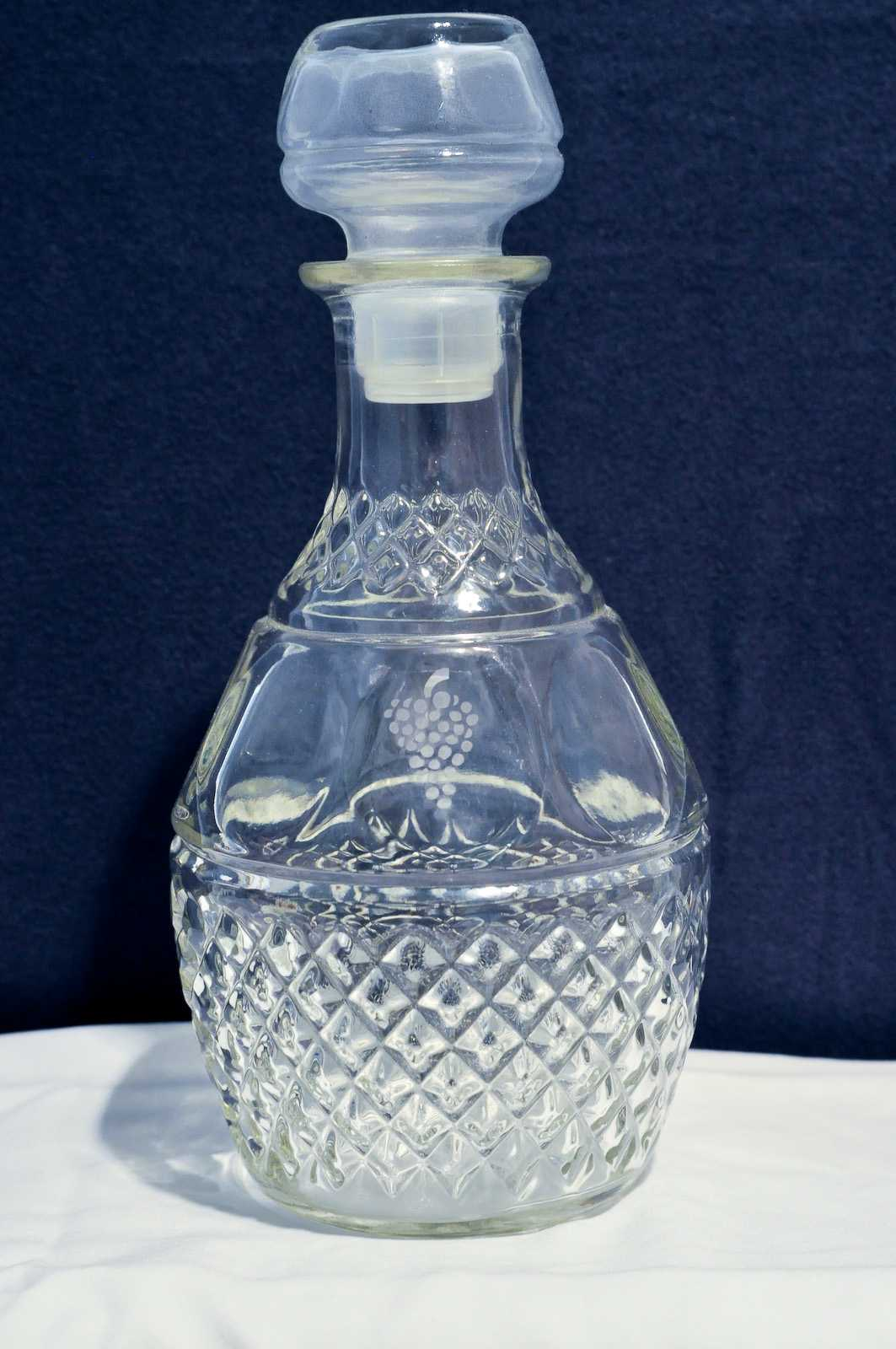 vintage princess house  u0026quot diamond puff u0026quot  glass decanter w