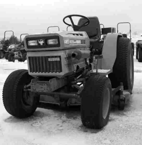 kubota b8200 dp hst tractor parts manuals 390p b 8200 b8200dp rh unisquare com Kubota B9200 Tractor Engine Kubota B8200 Tractor Parts