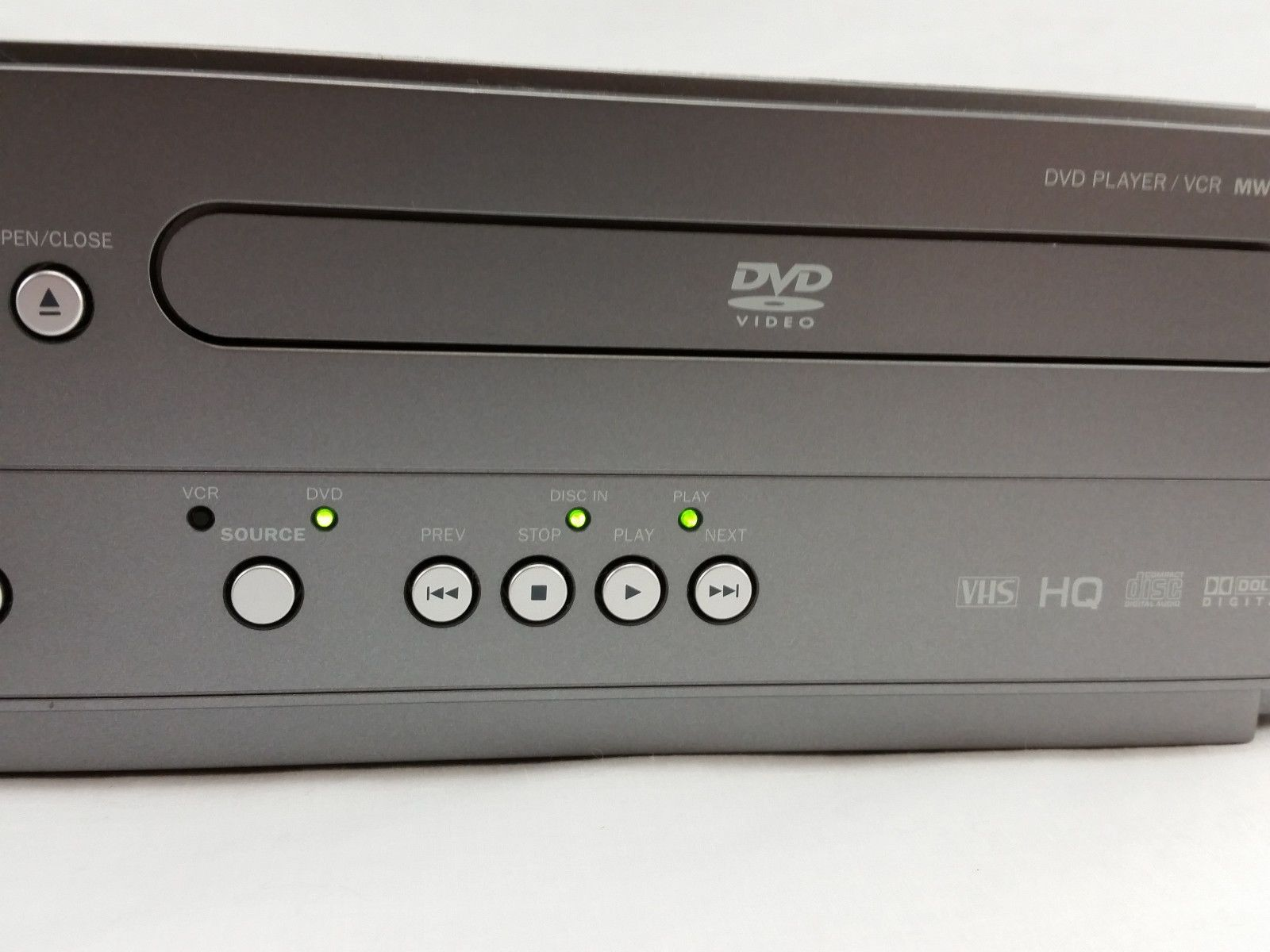 magnavox mwd2206 combo dvd vcr player vhs recorder with remote