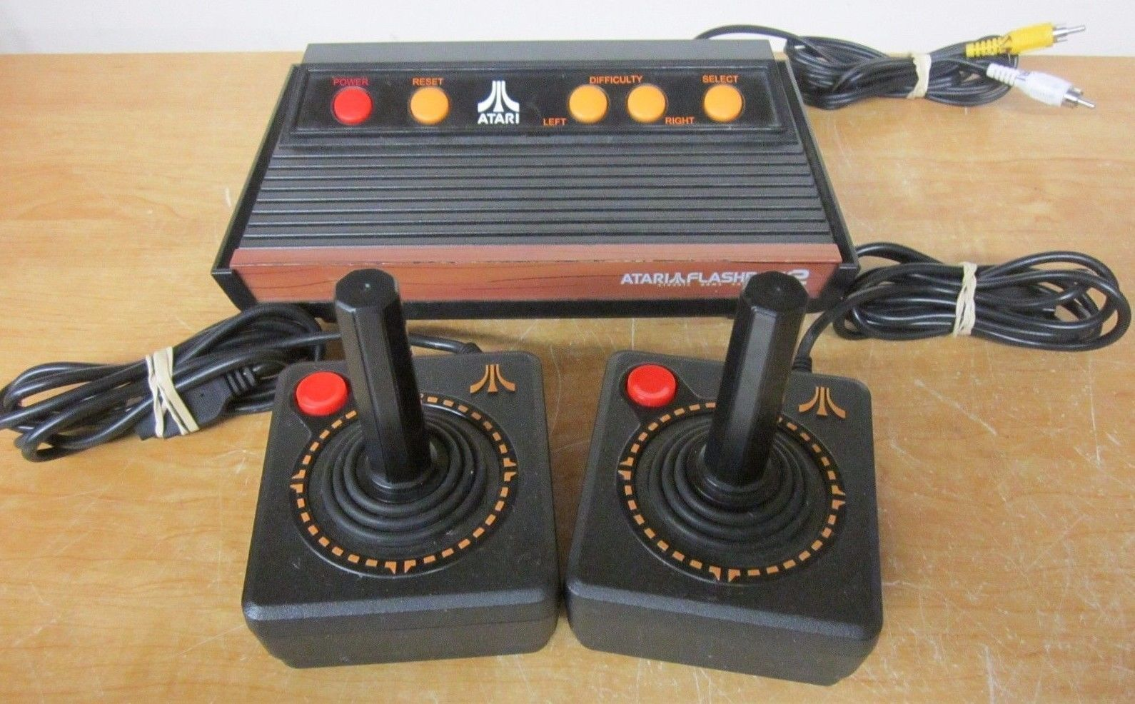 Atari flashback 2 console w 2 cx 40 joystick controllers tv video system 40 game for sale item - Atari game console for sale ...