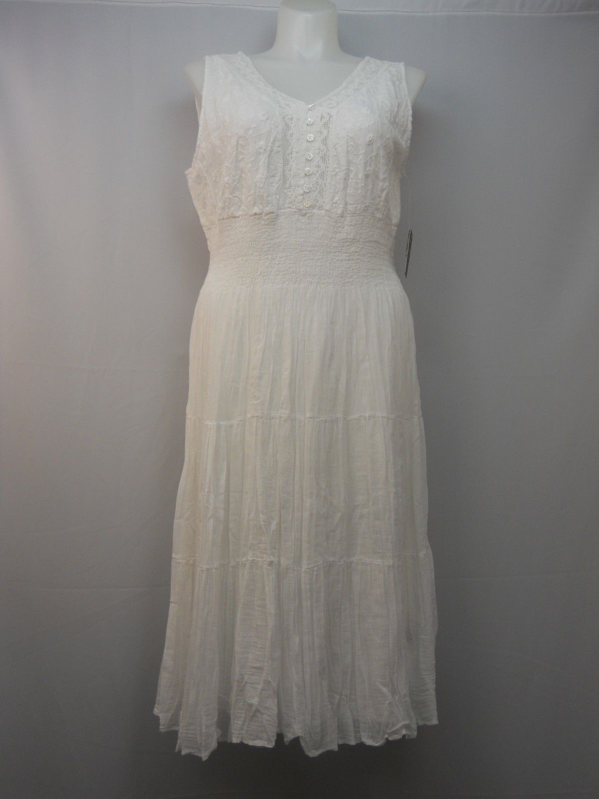 7e2ef8ec83f Mlle Gabrielle Women s Gypsy Bohemian Dress Plus Size 2X V-Neck White  Sleeveless For Sale - Item  1626811