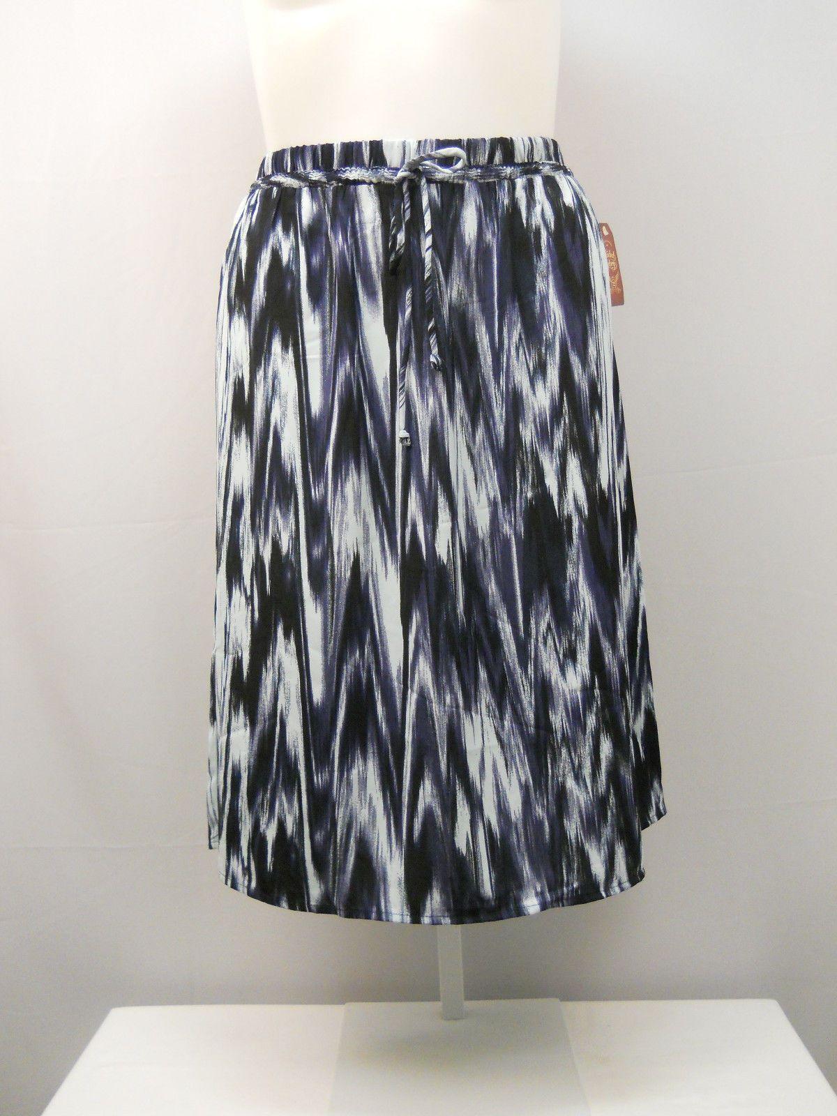 22cb298f0 Womens A-Line Skirt Size 20 FADED GLORY Geometric Navy Knee Length Elastic  Waist For Sale - Item #1628508