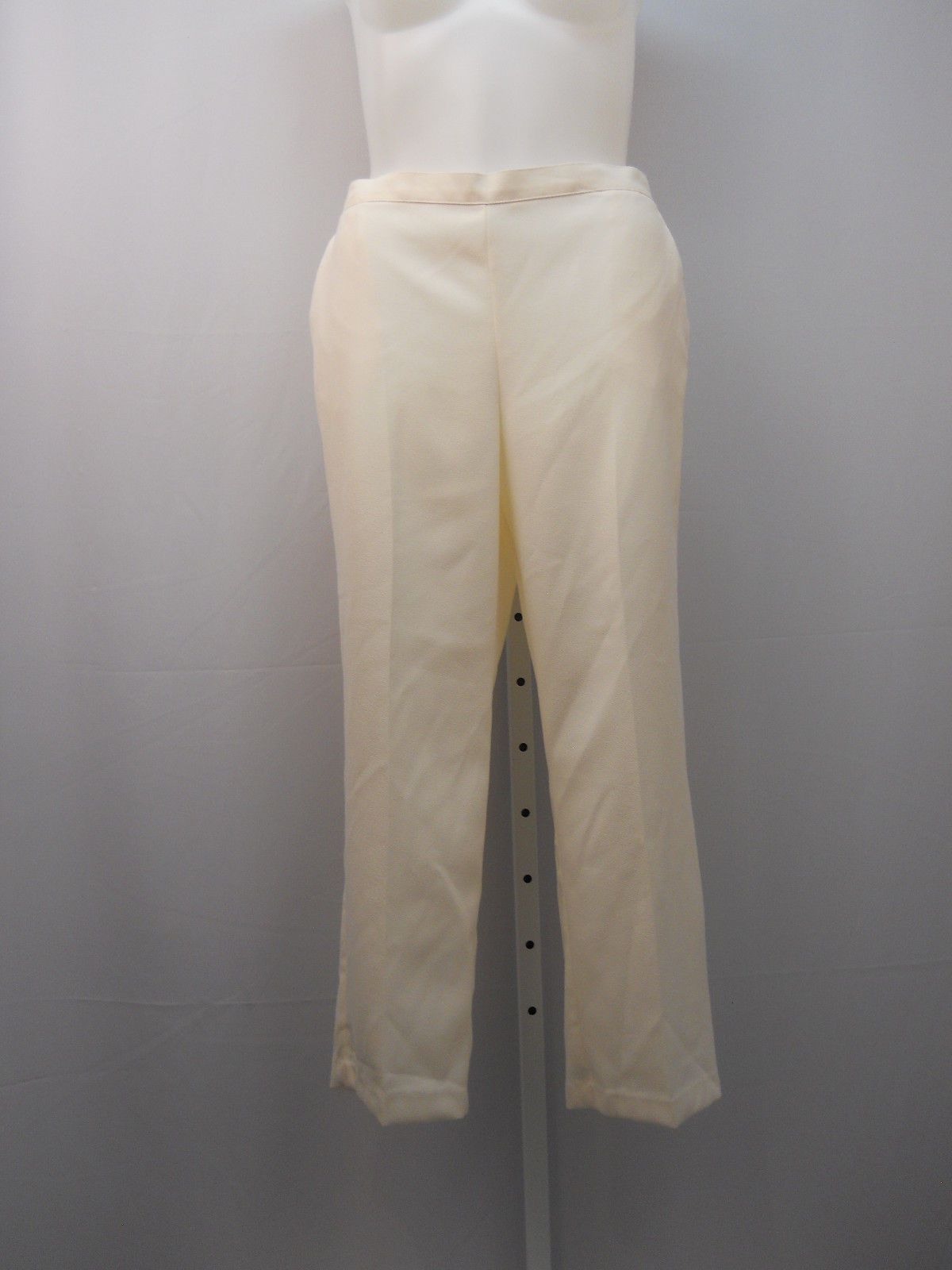 Find great deals on eBay for size 18 petite pants. Shop with confidence.