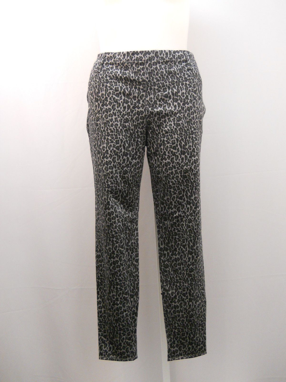 d39d25c4ce253 Faded Glory Woman's Jeggings Size 16-18 Animal Print Mid-Rise Skinny Legs  38X29 For Sale - Item #1628858